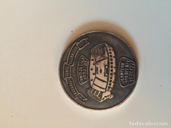 Coleccionismo deportivo: Medalla Real Betis , futbol , 75 aniversario - Foto 2 - 161280114
