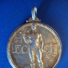 Coleccionismo deportivo: (F-190560)MEDALLA DE PLATA FEDERACION CATALANA CLUBS FOOT-BALL 1917-18. Lote 164174262
