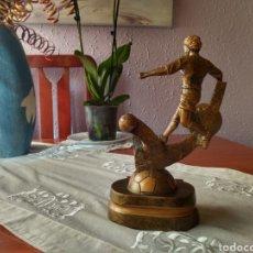 Coleccionismo deportivo: TROFEO DE FÚTBOL CAMPEÓN 2010-2011. Lote 167739380