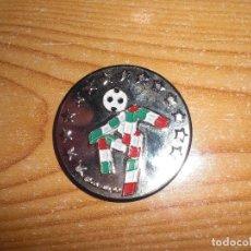 Coleccionismo deportivo: MONEDA CONMEMORATIVA MUNDIAL FÚTBOL ITALIA 1990 90. Lote 168329304