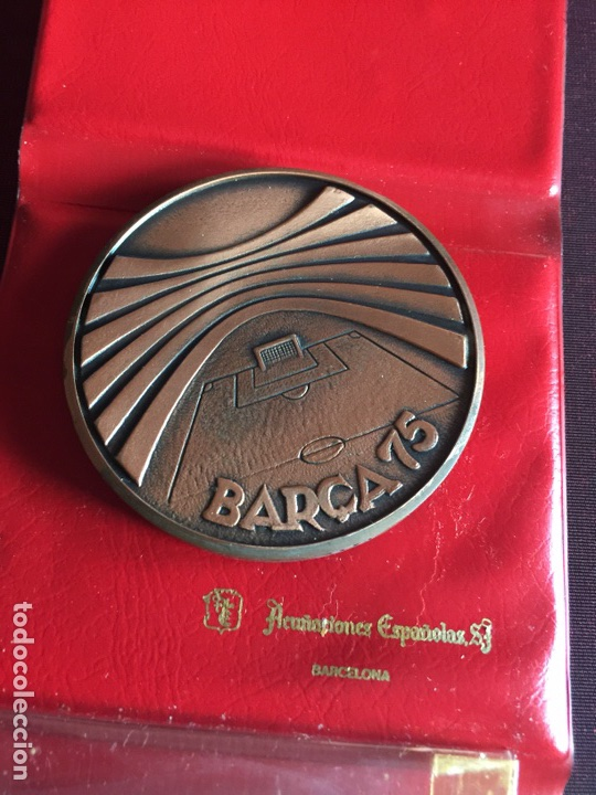Coleccionismo deportivo: Medalla 75 aniversario FC Barcelona - Foto 2 - 170983590