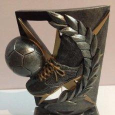 Coleccionismo deportivo: TROFEO 2012. Lote 171279532