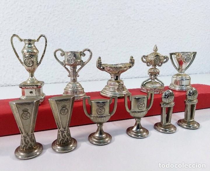 Coleccionismo deportivo: COLECCIÓN DE TROFEOS EN MINIATURA DEL REAL MADRID CLUB DE FUTBOL. - Foto 2 - 174148790
