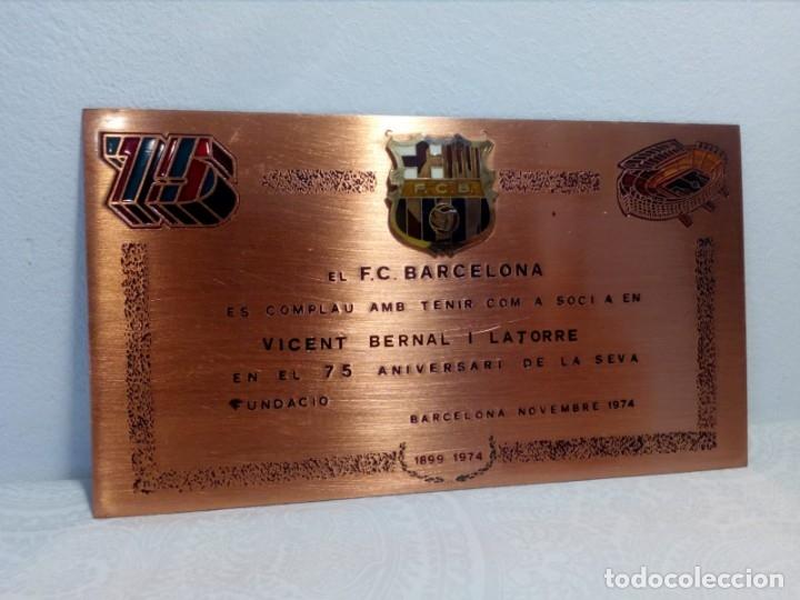 PLACA ESMALTADA DEL 75 ANIVERSARIO DEL F.C. BARCELONA (BARÇA) - PLACA SOCIO (Coleccionismo Deportivo - Medallas, Monedas y Trofeos de Fútbol)