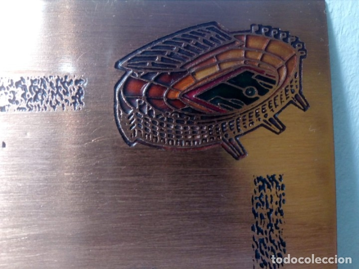 Coleccionismo deportivo: PLACA ESMALTADA DEL 75 ANIVERSARIO DEL F.C. BARCELONA (BARÇA) - PLACA SOCIO - Foto 4 - 177884479
