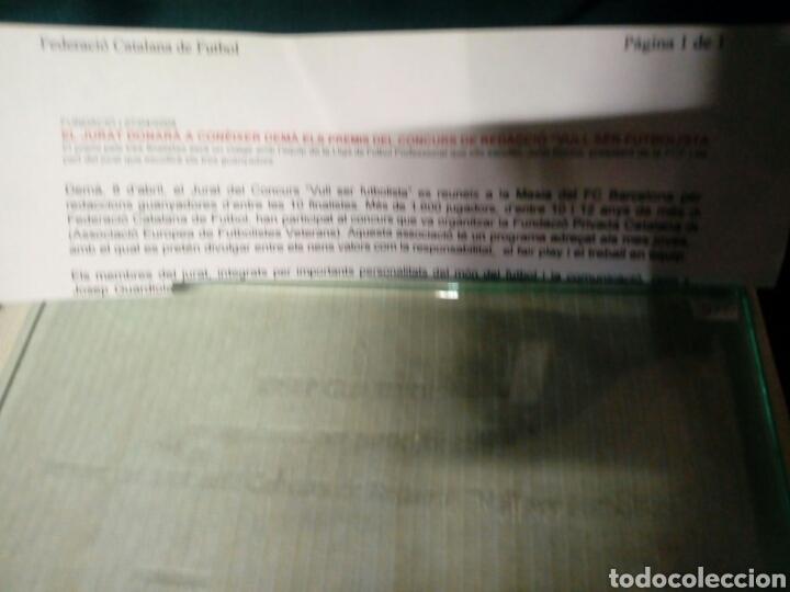 Coleccionismo deportivo: Caja trofeo placa cristal josep guardiola barça agraiment per membre jurat vull ser futbolista 2008 - Foto 2 - 178302403