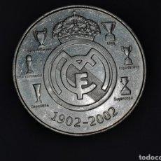 Coleccionismo deportivo: MONEDA CONMEMORATIVA EN PLATA DE LEY EL CENTENARIO DEL REAL MADRID. Lote 178902688