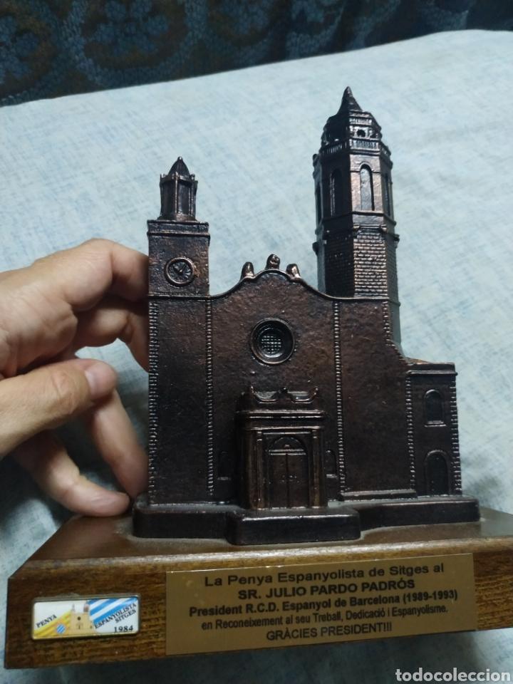 Coleccionismo deportivo: Figura de iglesia de Sitges Homenaje al Presidente Julio Pardo Espanyol Español Peña Sitges - Foto 2 - 180123106