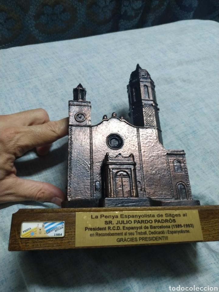 Coleccionismo deportivo: Figura de iglesia de Sitges Homenaje al Presidente Julio Pardo Espanyol Español Peña Sitges - Foto 3 - 180123106