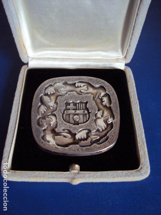 (F-191127)MEDALLA DE PLATA C.F.BARCELONA INAGURACION ESTADIO 24-9-1957 (Coleccionismo Deportivo - Medallas, Monedas y Trofeos de Fútbol)