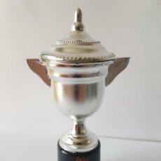 Coleccionismo deportivo: TROFEO DEL MURCIA CLUB DE FUTBOL / ORIGINAL AÑOS 50-60.. Lote 184195358