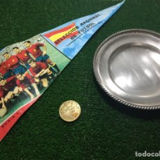 Coleccionismo deportivo: EURO 64 FINAL ESPAÑA URSS MEDALLA PLATO BANDERIN. Lote 184449487
