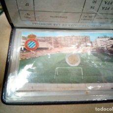 Coleccionismo deportivo: 2 CARTERAS DE 6 VALORES ESPAÑA MUNDIAL 82 CON CARNET DEL ESPAÑOL/ESPANYOL. Lote 191476055