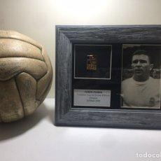 Coleccionismo deportivo: FERENC PUSKAS FOTOGRAFIA Y MEDALLA CAMPEÓN COPA EUROPA 1959-60. Lote 192557442