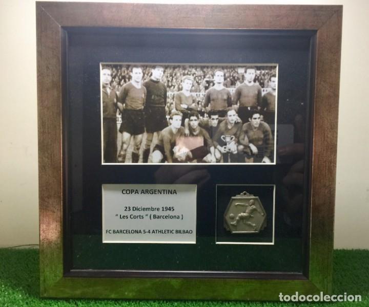 FC BARCELONA MEDALLA CAMPÉON SUPERCOPA ( COPA ARGENTINA ) 1945 BARCELONA ATHLETIC BILBAO (Coleccionismo Deportivo - Medallas, Monedas y Trofeos de Fútbol)