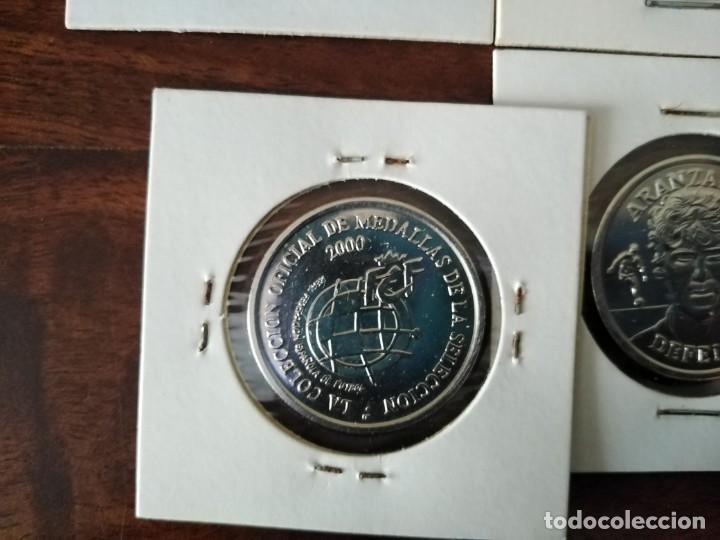 Coleccionismo deportivo: 12 Monedas medalla selección española. Año 2000. Ver fotos. - Foto 4 - 193615496