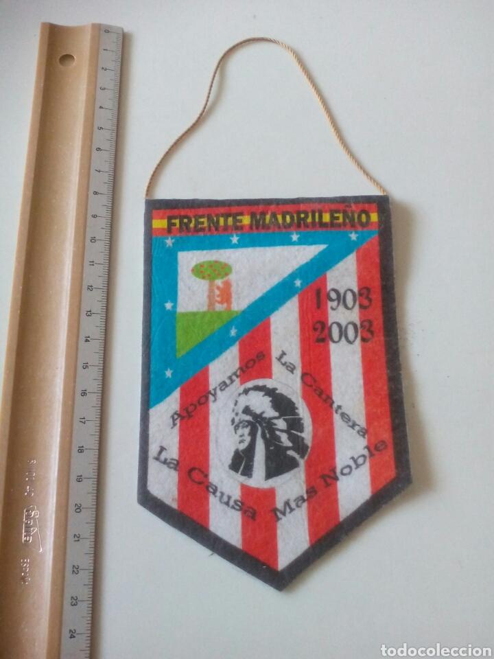 Coleccionismo deportivo: BANDERIN FRENTE MADRILEÑO ATLETICO DE MADRID - Foto 2 - 194182773