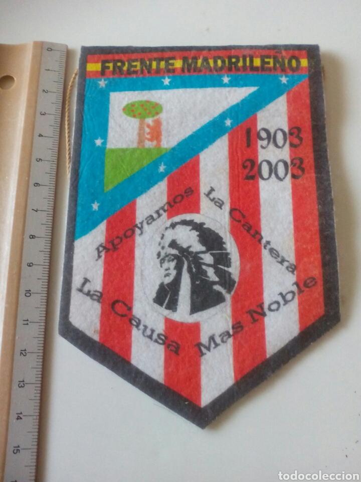 BANDERIN FRENTE MADRILEÑO ATLETICO DE MADRID (Coleccionismo Deportivo - Medallas, Monedas y Trofeos de Fútbol)