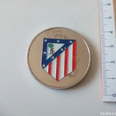 Coleccionismo deportivo: MONEDA ATLÉTICO DE MADRID. ESTADIO VICENTE CALDERÓN. Lote 194183041