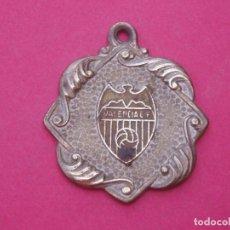 Coleccionismo deportivo: ANTIGUA MEDALLA ANTIGUA FC VALENCIA CONSERVAS PUIG GRANOLLERS. Lote 194245486