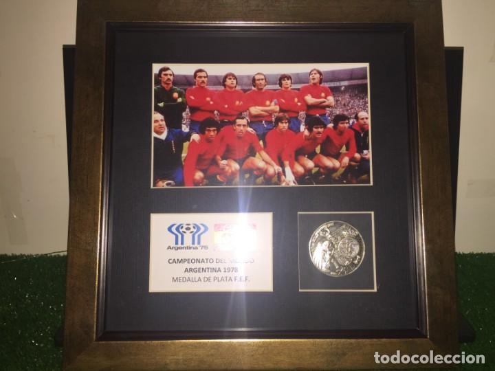 MUNDIAL ARGENTINA 78 MEDALLA PLATA FEDERACION ESPAÑOLA FUTBOL EXCLUSIVA (Coleccionismo Deportivo - Medallas, Monedas y Trofeos de Fútbol)
