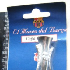 Coleccionismo deportivo: COPA TROFEO FC BARCELONA FIRES FERIAS DEL MUSEO DEL BARÇA DE SPORT SIN DESPRECINTAR. NUEVO. Lote 198313852