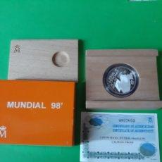 Coleccionismo deportivo: FUTBOL MUNDIAL 98 MONEDAS PLATA 1000 PTAS CERTIFICADO FABRICA MONEDA ESPAÑOLA. Lote 198397335