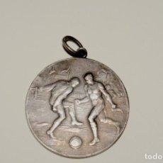 Coleccionismo deportivo: MEDALLA DE PLATA DE FUTBOL -BARCINO (AÑO 1921). Lote 199283312