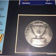 Coleccionismo deportivo: FC BARCELONA RANGERS MEDALLA TROFEO GAMPER 1974. Lote 201368990