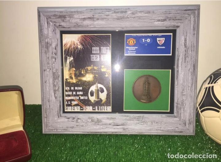 Coleccionismo deportivo: Manchester Utd Roma Bilbao Vasco Gama medalla Teresa Herrera 1984 - Foto 2 - 202872035