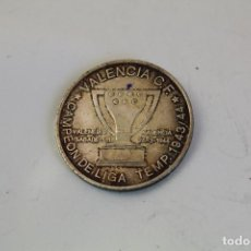 Coleccionismo deportivo: VALENCIA C.F. CAMPEON DE LIGA TEMP.1943/44 - MONEDA EN PLATA DE LEY. Lote 206460807