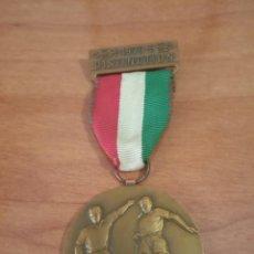 Coleccionismo deportivo: MEDALLA FÚTBOL ITALIA 1977. Lote 206558280