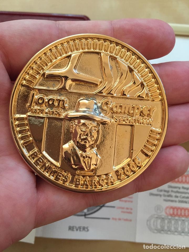 Coleccionismo deportivo: Moneda Gamper con certificado de garantía - Barcelona Força Barça FC - Joan Futbol football numerada - Foto 2 - 207711100