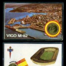 Coleccionismo deportivo: CARNET OFICIAL CON MONEDA AUTENTICA DE 1 PESETA MUNDIAL DEL 1982 - ( BALAIDOS - VIGO ). Lote 208977946