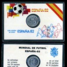 Coleccionismo deportivo: CARNET OFICIAL CON MONEDA AUTENTICA DE 50 CENTIMOS COPA MUNDIAL DE FUTBOL ESPAÑA 82. Lote 208978752