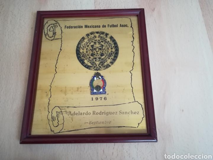 ADELARDO. PARTIDO HOMENAJE. PLACA DE LA FEDERACIÓN MEXICANA DE FÚTBOL. (Coleccionismo Deportivo - Medallas, Monedas y Trofeos de Fútbol)