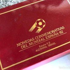 Coleccionismo deportivo: MONEDAS CONMEMORATIVAS DEL MUNDIAL DE ESPAÑA 82 DE DANONE ESTUCHE Nº 2. ALEMANIA-BRASIL. Lote 213744946