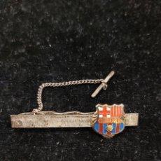 Coleccionismo deportivo: AGUJA DE CORBATA ESCUDO F.C.BACELONA. Lote 215923182
