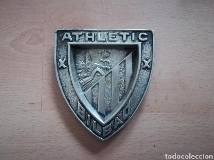 ATHLETIC BILBAO. GRÚAS ALDAITURRIAGA. ANTIGUO ESCUDO DE HIERRO. (Coleccionismo Deportivo - Medallas, Monedas y Trofeos de Fútbol)