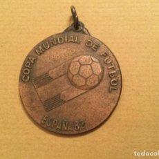Coleccionismo deportivo: MEDALLA CEREMONIA INAUGURAL MUNDIAL 82 PARTICIPANTE 1982. Lote 220362533