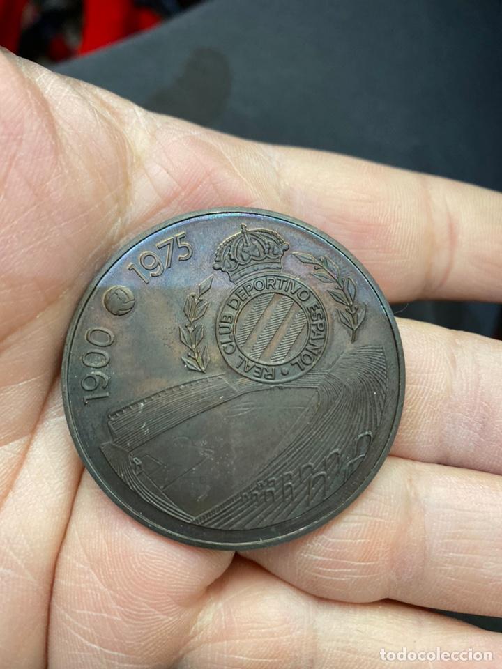 Coleccionismo deportivo: Medalla conmemorativa 75 aniversario Español - Foto 4 - 255386810