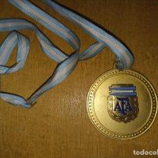 Coleccionismo deportivo: MEDALLA ORIGINAL COPA CONFRATERNIDAD RIOPLATENSE SUB 17 ARGENTINA CAMPEÓN. Lote 278297203