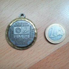 Coleccionismo deportivo: MEDALLA MUNDIAL DE FÚTBOL ALEMANIA 1974.. Lote 285281398