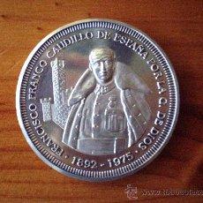 Medallas históricas: MEDALLA CONMEMORTIVA EN PLATA DE FRANCISCO FRANCO. Lote 57591254