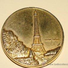 Medallas históricas: MEDALLA - MONEDA. FRANCIA. MIEMBRO DE LA CEE DESDE 1958. PARÍS, TORRE EIFFEL. . Lote 24461964