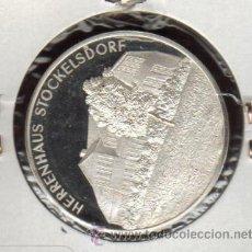 Medallas históricas: PRECIOSA MEDALLA DE PLATA DEDICADA A LOS 650 AÑOS DE LA INAUGURACION DEL CLUB DE CANTO DEL HOMBRE. Lote 27372007