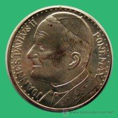 Medallas históricas: MEDALLA RELIGIOSA . VIAJE DEL PAPA JUAN PABLO II A ESPAÑA. Lote 27373136