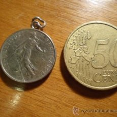 Medallas históricas: MEDALLA REALIZADA CON MONIEDA REPUBLICA FRANCESA , 12 FRANCO 1973. Lote 38383647