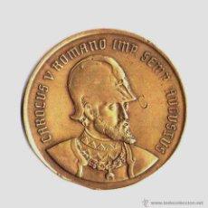 Medallas históricas: RARA MEDALLA-MONEDA DEL REY CARLOS V DE ESPAÑA,MARCAJES,EFIGIE CON CASCO,SIMILAR 8 ESCUDOS DE ORO. Lote 42134899
