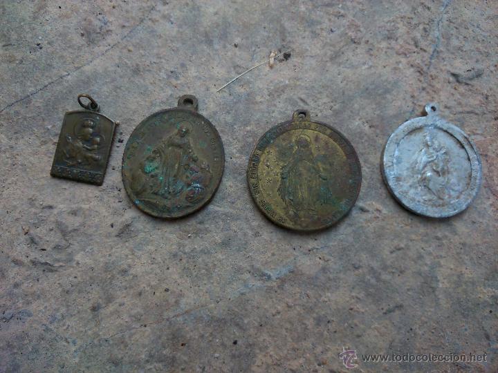LOTE 4 MEDALLAS RELIGIOSAS (Numismática - Medallería - Histórica)